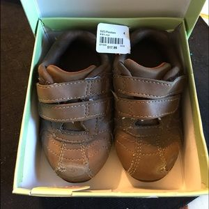 💥3/$15💥 Toddler shoes